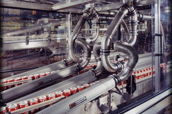 Representada no Brasil pela Fluid Tech a SONIC, com mais de 300 equipamentos vendidos em todo o país, fornece soluções perfeitas para diversos setores da indústria, bebidas, alimentícia, automobilística, siderúrgica, entre outras, através de seus sopradores centrífugos de alta vazão e facas de ar.